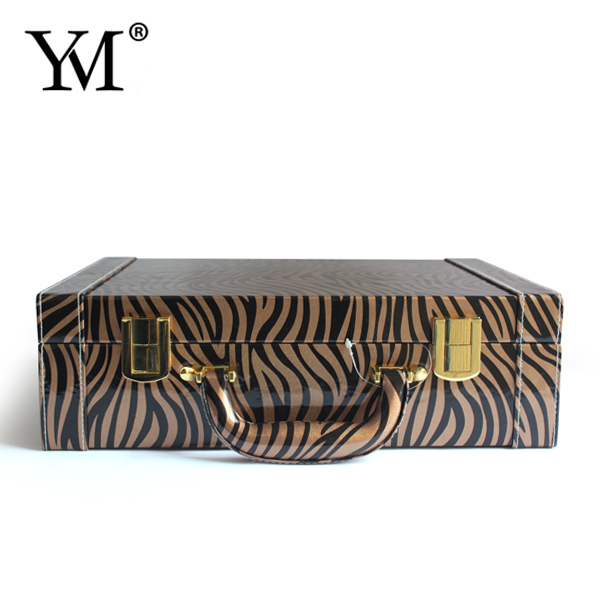Wholesale fashional customized beauty leather hard side cosmetic case for essential oil