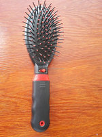 Wholesale Vibrating hair brush comb massager perfect for girls, men, women, seniors
