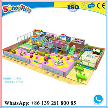 indoor play equipment/indoor amusement park