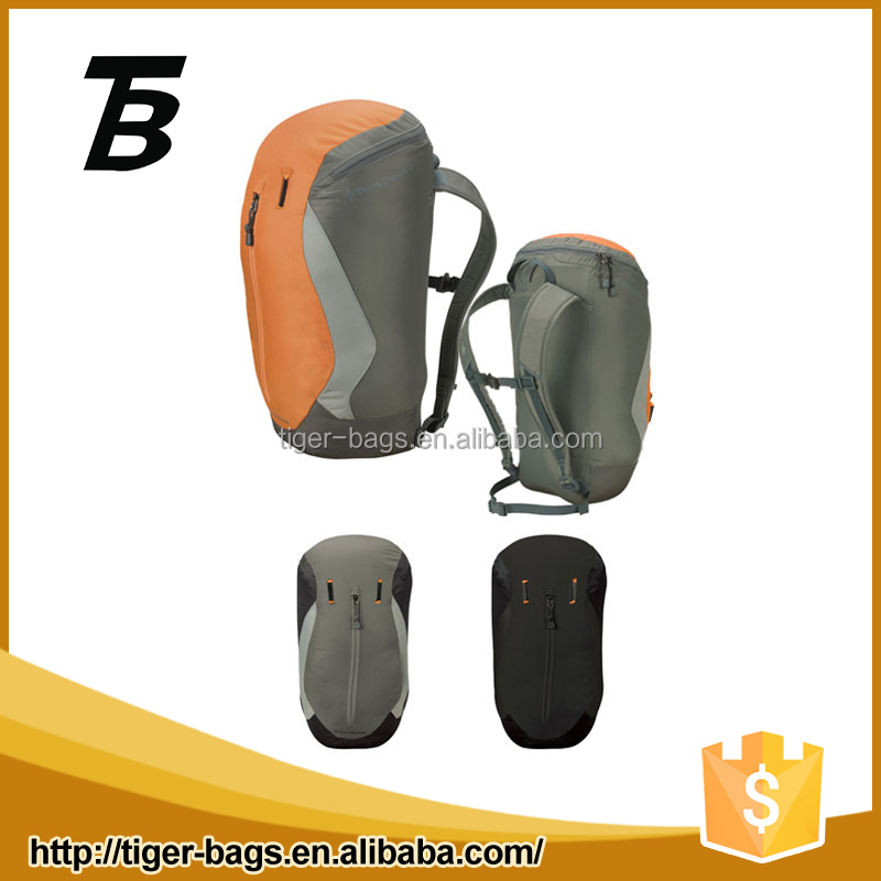 Made in china wholesale high quality large capacity expandable nylon sports bag