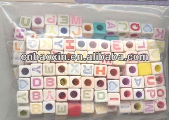 Custom 10mm Colored Letters Plastic Acrylic Square Alphabets Beads