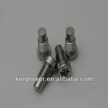 The plum blossom hand twist screw