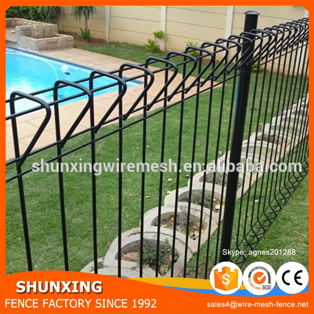 Plastic Powder Coated BRC Panel Fence / Roll Top Wire Fence