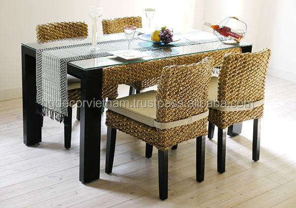 Water hyacinth dining set/water hyacinth chairs/water hyacinth table