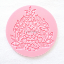 Soft Silicone Embossing Lace Wedding Cake Decoration