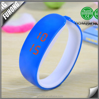 New style Cheaper Waterproof bracelet Silicone Led Watch For Sports