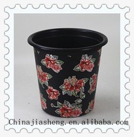 mobile plastic garbage can for family