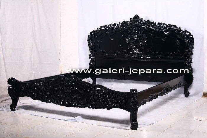 Classic Bedroom Rococo - Black Painting Rococo Bed - Finish Optional