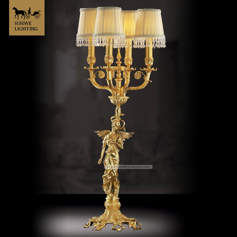 Luxury tall table lamps 4 Lights brass table lamps with light yellow lamp shade satin gold Finish