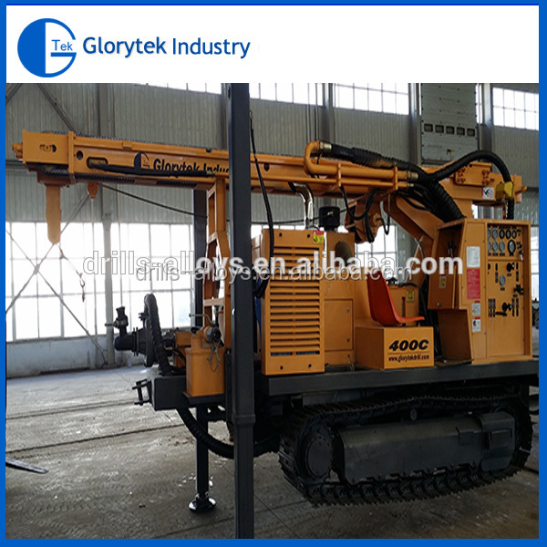 Crawler type 400c water well drilling rig suitable for water supply projects in moutain area and rock stratum