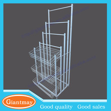 wire basket holding and corss bar hanging metal display stands for umbrella