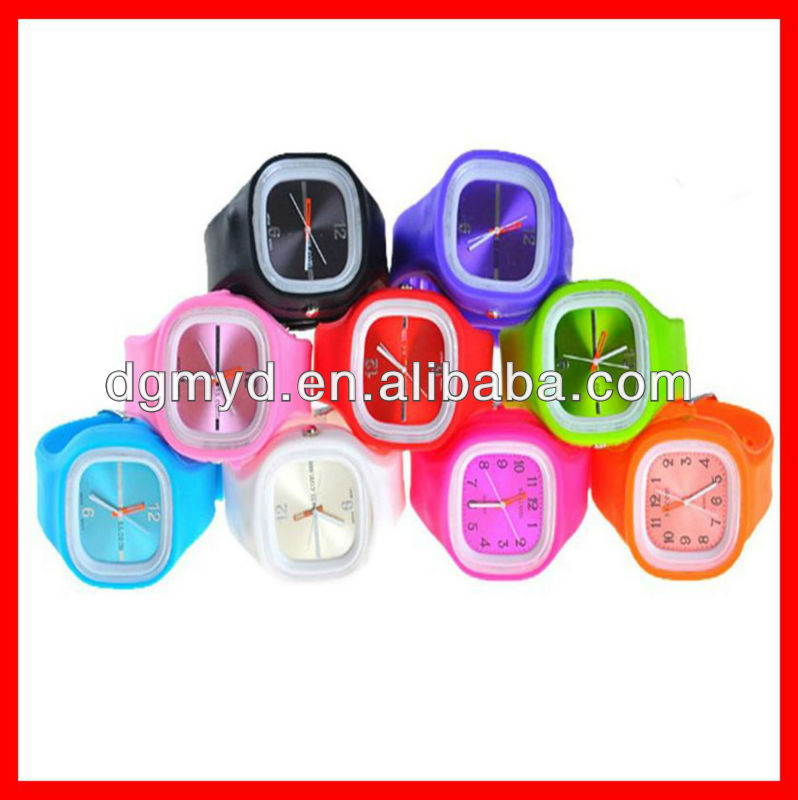 Silicone analog water resistant quartz watch wrist