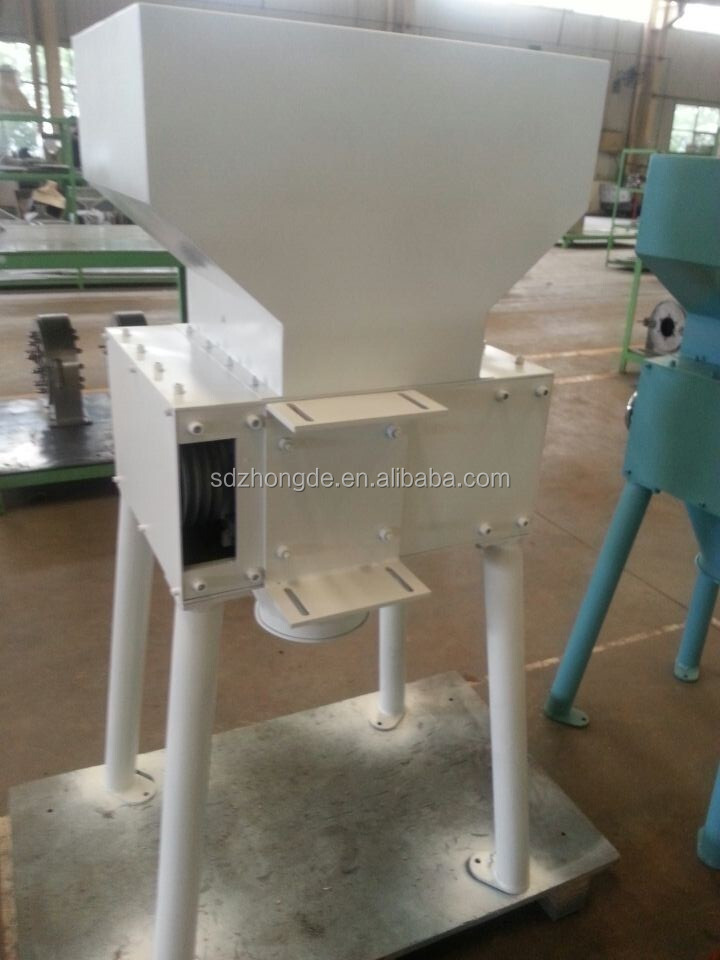 Grain milling machine for beer brewing