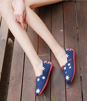 The new candy color old Beijing soft bottom canvas shoes with flat shoes