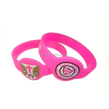 Promotional Cheap 1/2 inch round shaped silicone bracelets with customized logo