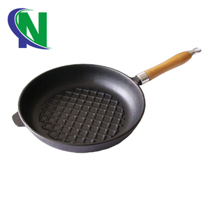 cast iron fry pan with removable handle