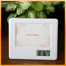 photo frame clock with photo tray and alarm and calendar function