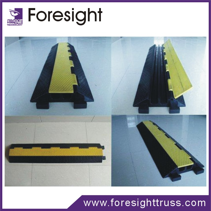 Outdoor Safety Rubber Rubber Cable Protector Flooring For