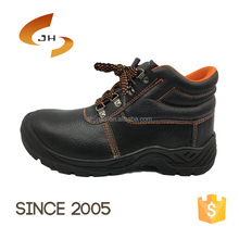 Hot-selling anti acid and alkali Safety Working Boots Industrial Safety Shoes with PU sole in oil and gas field
