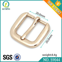 Wholesale fashion 20mm custom gold quick release belt and bag buckle