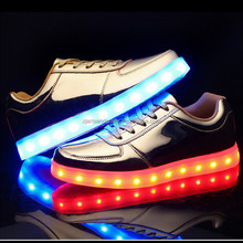 Wholesale china flat woman shoes Fashion cool led shoes light up shoes for unisex
