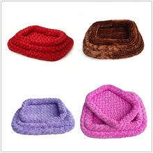 fashion style pet bed memory foam Rose Cashmere cave dog bed decorative cushions