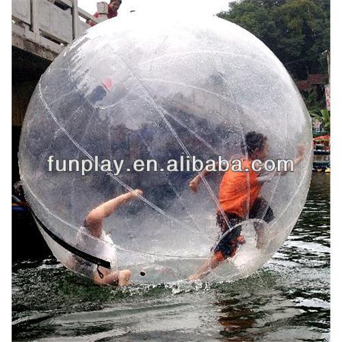 Hot exciting game jumping water ball