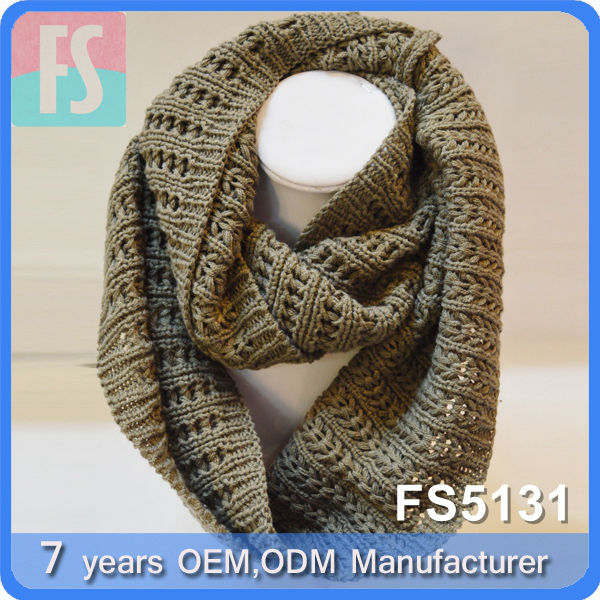 men and women loop knitted neck warmer scarf