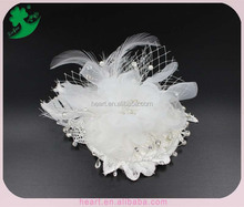 Hot selling white hat fascinator wedding headwear with jewelry feather net mesh bridal hair decoration