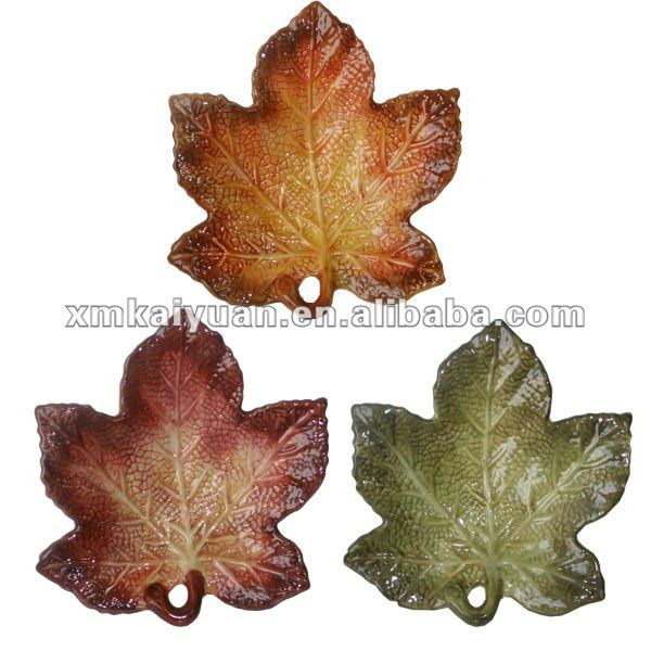 Harvest leaf shaped plate