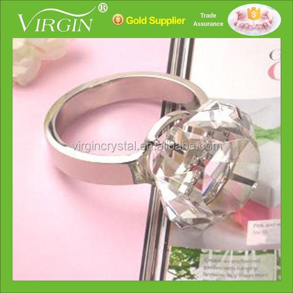 Napkin Rings Wholesale with Crystal Diamond Top, Logo Customized