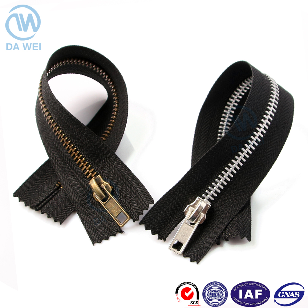 Dawei brand factory produce quality 5# brass/aluminium teeth close end strong tape metal zipper