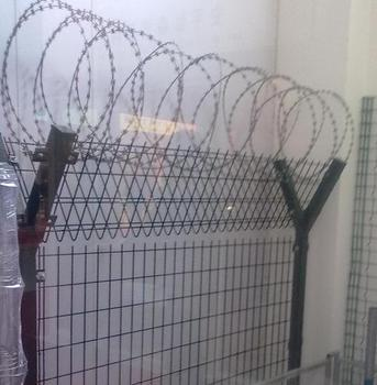 pvc coated /electro galvanized airport sevurity fence for sale