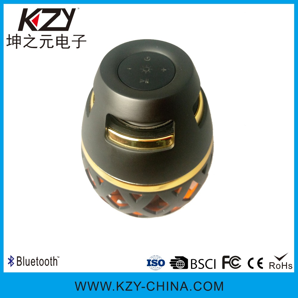 Professional Factory Supply waterproof portable Christmas speaker gift for flame light