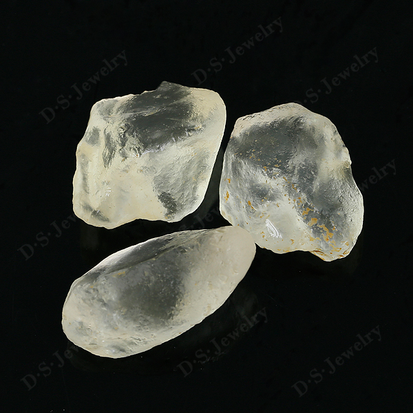 China Wholesale Natural White Topaz Rough Material