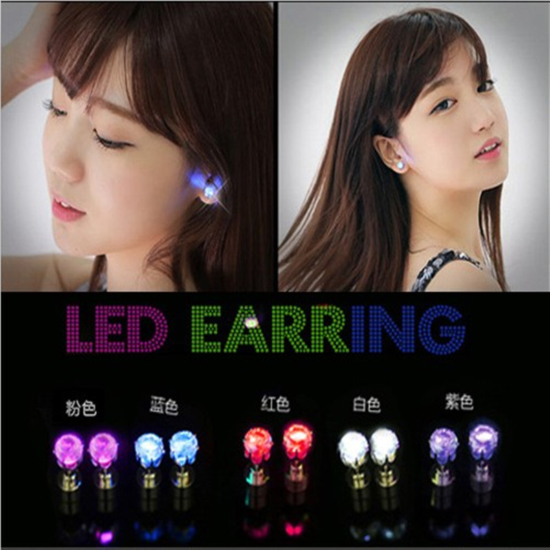 Fashion Bar Nightclub Colorful LED Light Shine Diamond Earring/Ear Stud