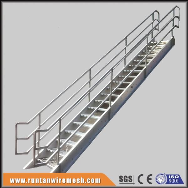 Fabricated metal exterior stairs