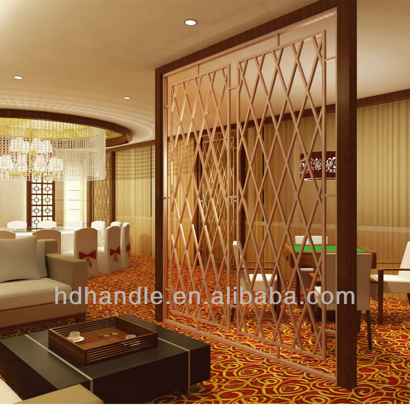 Vintage Decorative Screen Partition, Room Divider Metal with Straw Partition