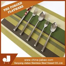 Description Of A SpoonTable Forks, Set Of Kitchen Knives