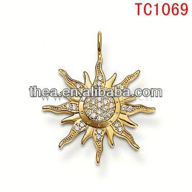 TC1069 2013 Stand for sunshine sun flower pendant with diamond fashion accessories charms