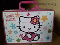 Beautiful hello kitty tin box with plastic handle and one mini lock