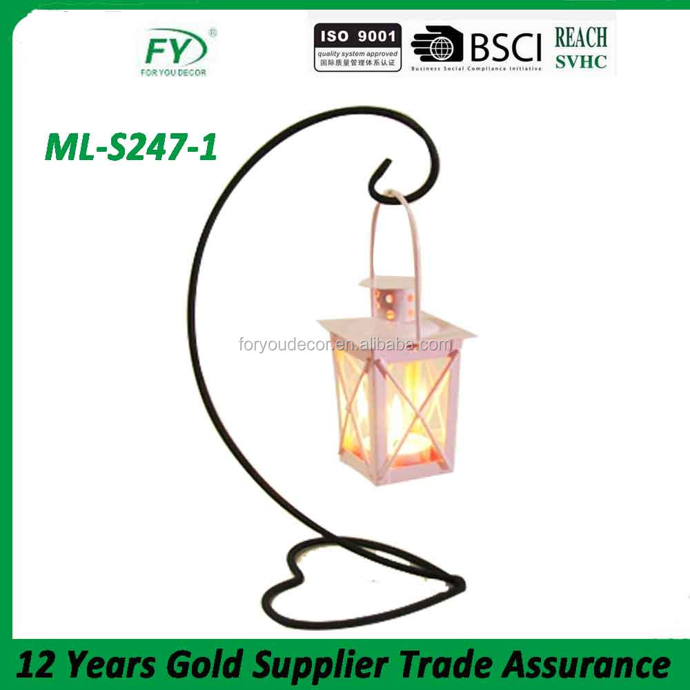 High quality wholesale handmade crafts home garden decorative metal shelf with small lantern.