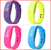 Fashion style and china regional feature led light silicone wristband
