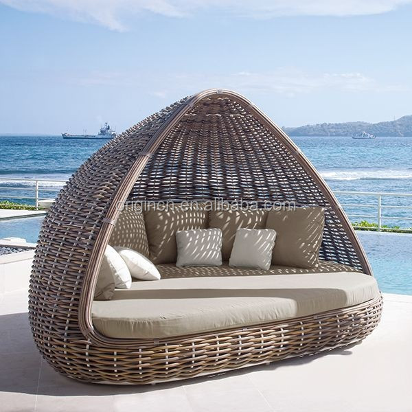 IN STOCK ITEM Home patio beach thick rattan material pyamidal cocoon shaped chair outdoor wicker daybed