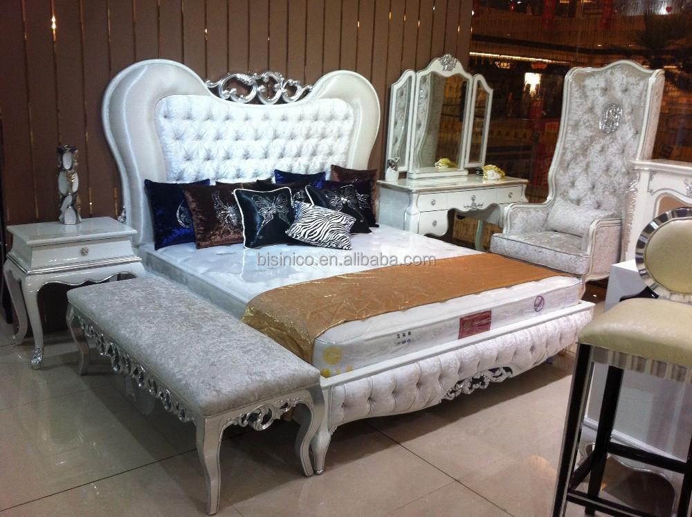 Dise o adornado serie madera cama tapizada lujo king size for Dormitorio king size