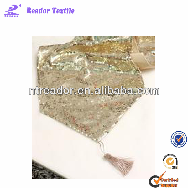 fashionable sequin table runner