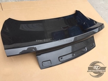 15- MUSTANG OE STYLE TRUNK (HARDTOP MODEL ONLY)L CF CARBON FIBER