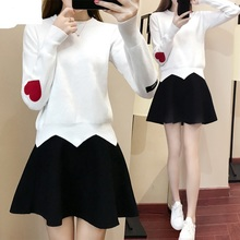 ZHB1328B 2017 new spring fashion long-sleeved round collar render knitting sweater dress suit