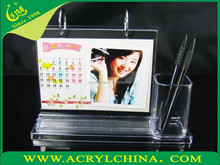 clear acrylic desk calendar display stand with a pen box, transparent plexiglass calendar holder with 222*60*170mm