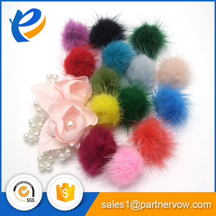 Customized professional pompon francais with best quality and low price